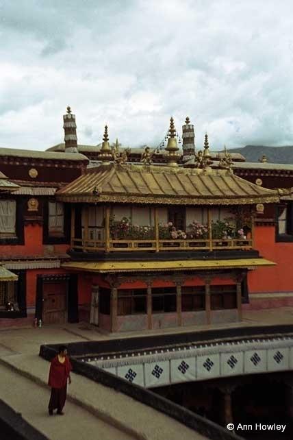 Jokhang Temple, Tebet
