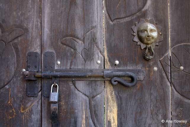 Wood Door & Lock, Mexico